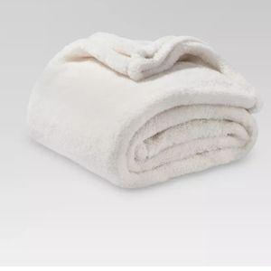 🆕 Threshold Plush Blanket Cream 50 x 70